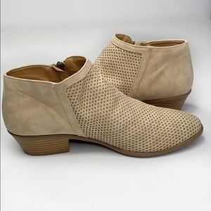 Qupid Tan Comfy Perforated Ankle Bootie 9